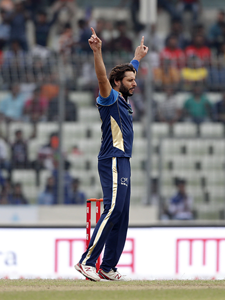 Rajshahi Kings VS Dhaka Dynamites